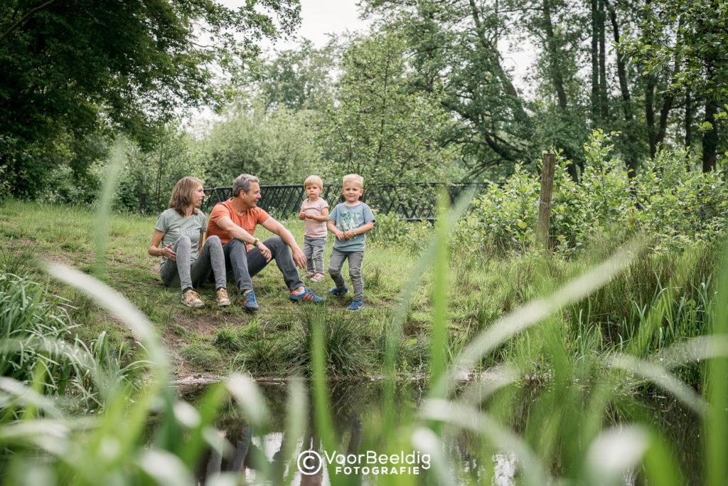 ongedwongen fotoshoot gezin