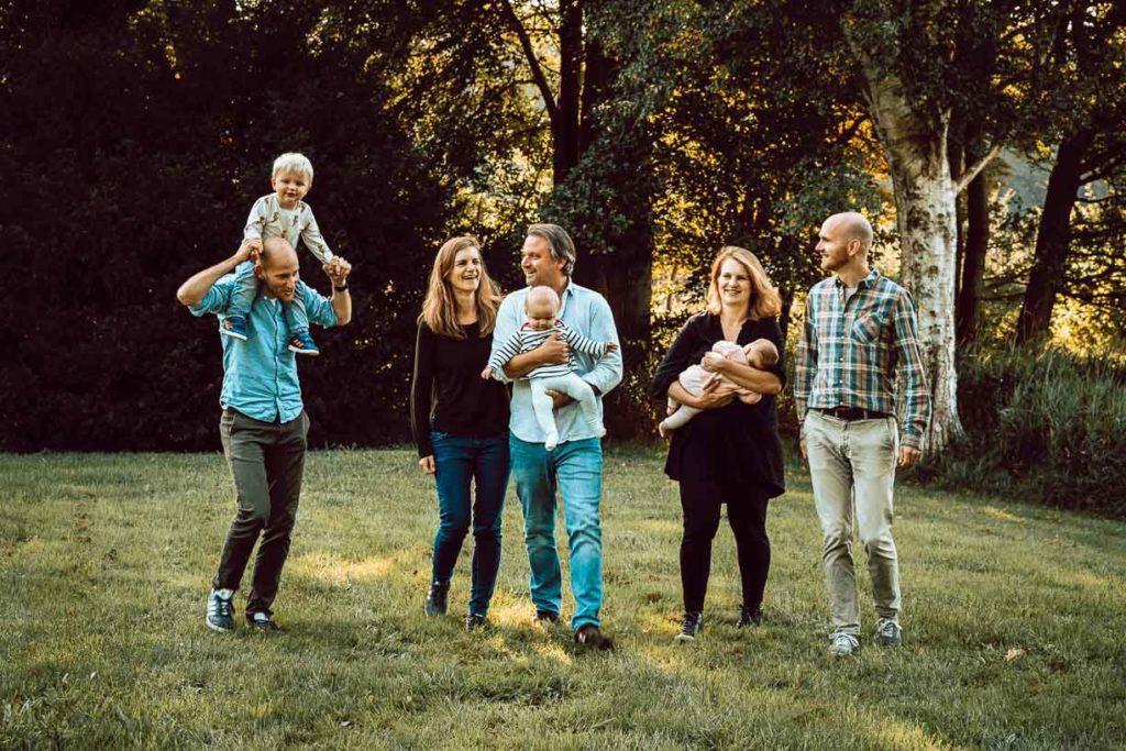familie fotoshoot in het bos