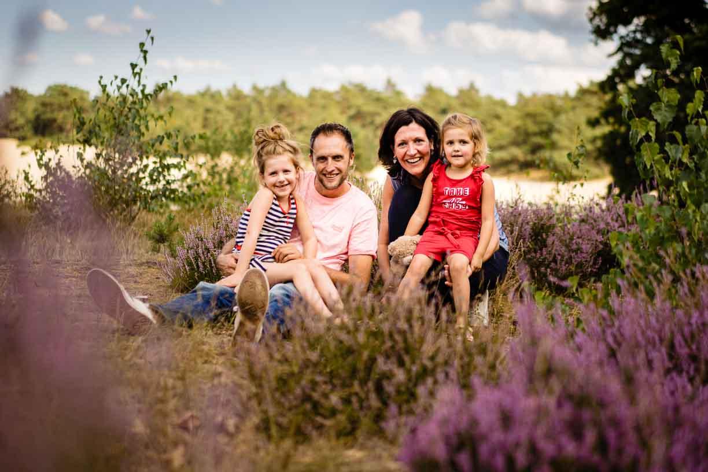ontspannen gezin fotoshoot